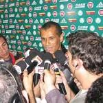 Luxemburgo aprova contratação de Rivaldo