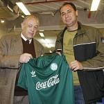 Evair é a estrela no lançamento de linha retrô do Palmeiras