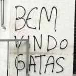 Palmeirenses provocam com enfeites na entrada de são-paulinos