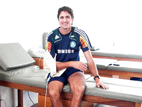 Edmilson - Fisioterapia no Palmeiras