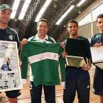 Goleiro Marcos se emociona ao receber homenagem do Palmeiras