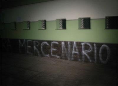 """Pichação Palestra Itália - """"Mercenário"""""""