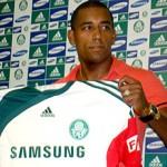 Atacante Robert pede a camisa 9, dispensa adaptação e pede 10 dias para poder atuar no Palmeiras