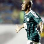 Marcos Assunção brilha e Palmeiras vence o Internacional na Arena Barueri
