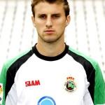 Palmeiras acerta contratação do zagueiro Henrique do Racing