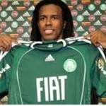 Ex-zagueiro Roque Junior inicia estágio no Palmeiras.