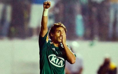 Palmeiras vence o Coritiba pela Copa do Brasil 2012 e fica perto do título