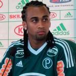 Palmeiras terá Wesley no banco de reserva nesse sábado