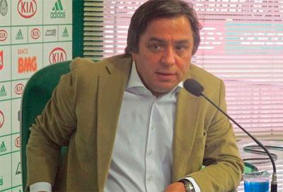 Presidente Tirone faz discurso no Palmeiras Eu nao aceito o rebaixamento