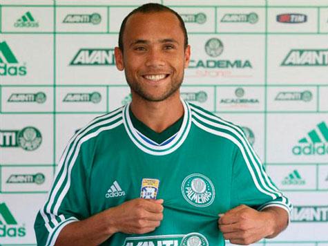 Ananias estreia no Palmeiras com o pe direito no jogo contra America-RN