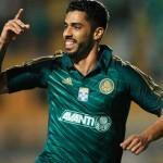 Palmeiras supera o desfalque e ganha de 1 x 0 do Atlético PR na Copa do Brasil 2013