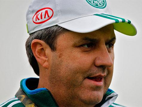 Gilson Kleina faz treino fechado no Palmeiras para a imprensa