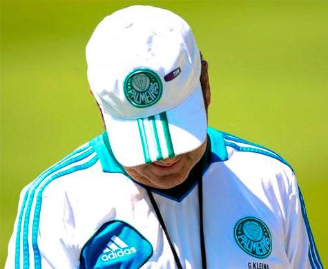 Gilson Kleina se reune com a diretoria do Palmeiras para definir seu futuro como tecnico