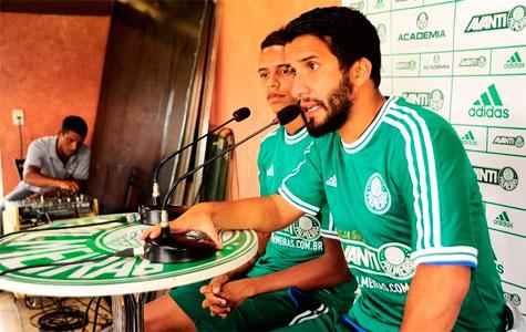 Palmeiras apresentou nessa segunda-feira seus novas contratações para 2014