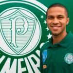 Serginho que ser firmar como lateral no Palmeiras se inspirando em Jorge Henrique