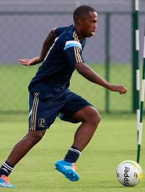 Patrick Vieira fica no lugar de Marquinhos Gomes no treino tactico do Palmeiras