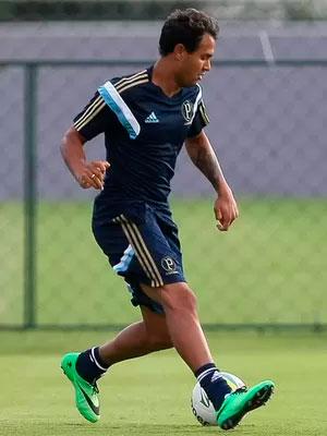 Palmeiras empresta o atacante Vinicius para o Vitoria
