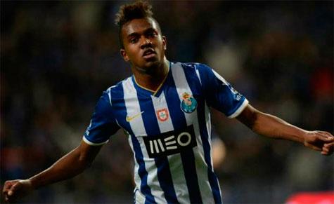 Palmeiras acerta com mais reforço para elenco o meia-atacante Kelvin do Porto