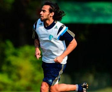 Cruzeiro está de olho na contratação de Valdivia diz gerente do Palmeiras