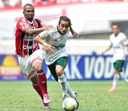 Presidente do Palmeiras revela o interesse do Cruzeiro no Valdívia