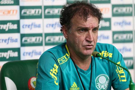 Cuca elogia novo técnico do Palmeiras Eduardo Baptista e fala que está a disposição para ajudar-ló